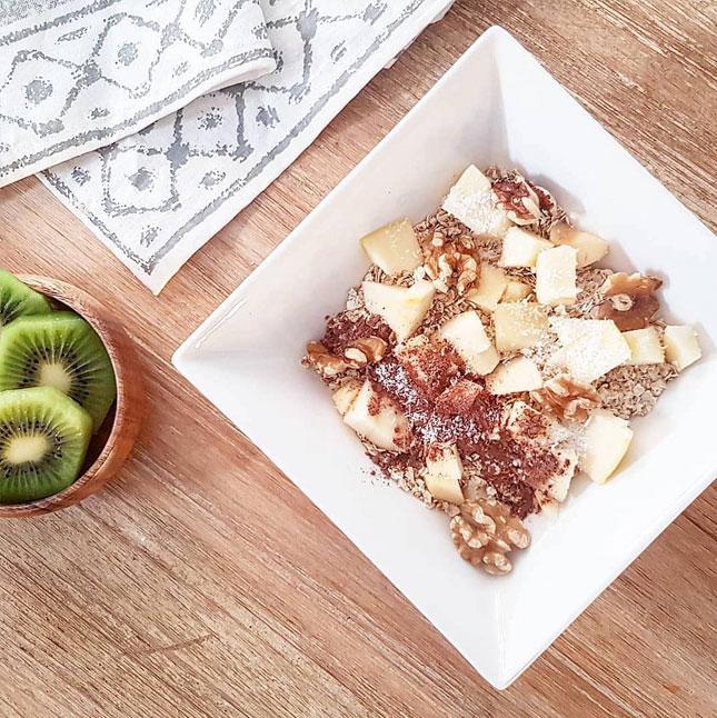 elisa blazquez desayuno bowl de avena